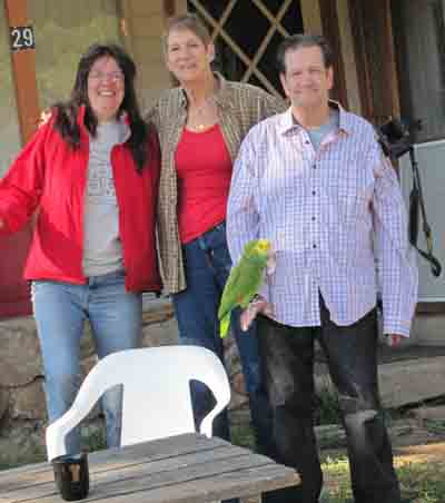 Joanie, Alice and Ed pose for a goodbye photo.