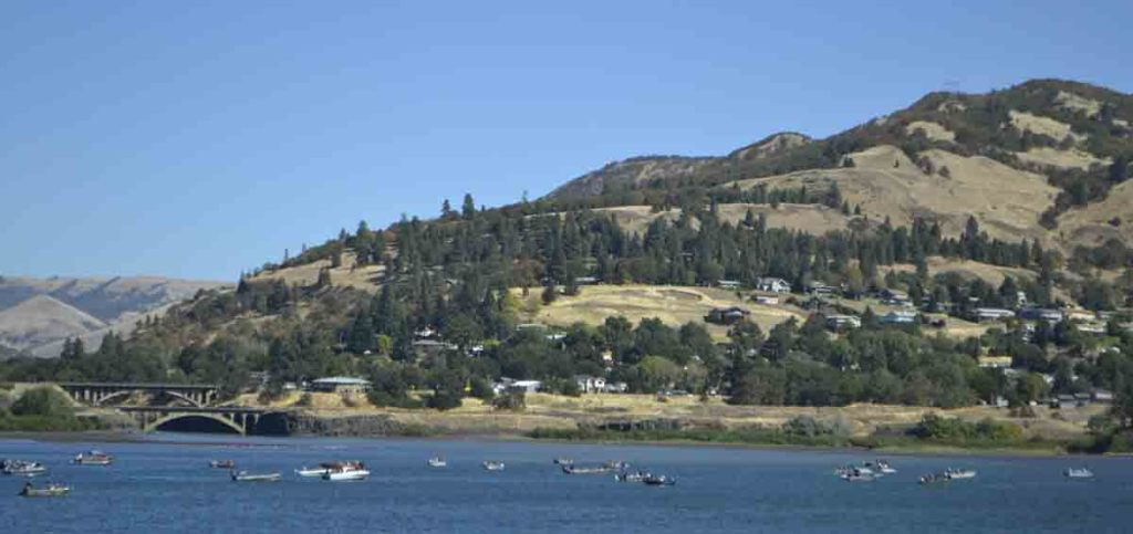 Recreational boaters dot the water below The Dalles.